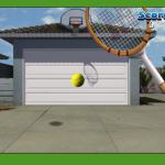 Tenis na garažnim vratima