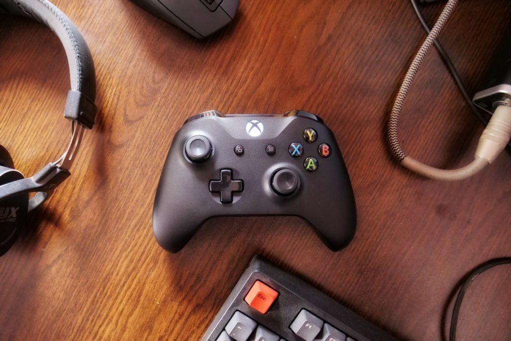 X box One X radi ono što većina igrača očekuje od snažnijeg uređaja -pruža najbolje tehničko iskustvo bilo koje igraće konzole.